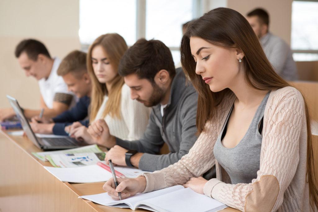 Обучение с ваучери по проект на Агенция по заетостта от езиков център и училище Euroelite